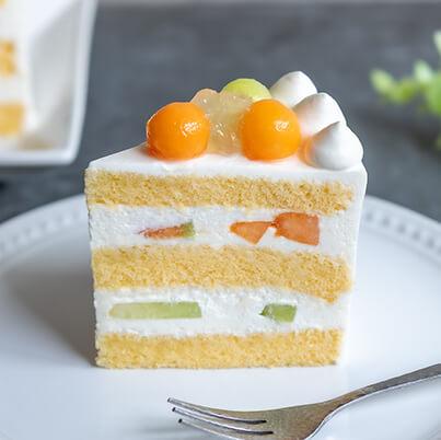 ベリースイーツのメロンのショートケーキ