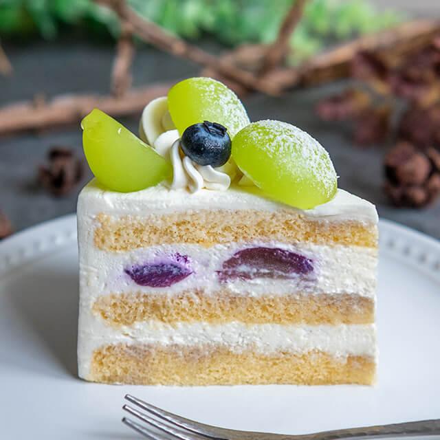 ベリースイーツのぶどうのショートケーキ